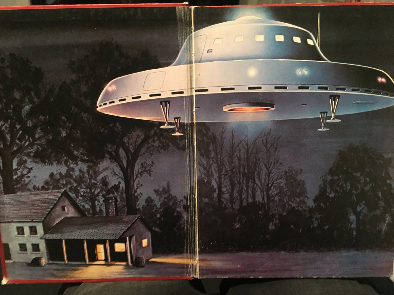 Kelly farmhouse UFO.JPG